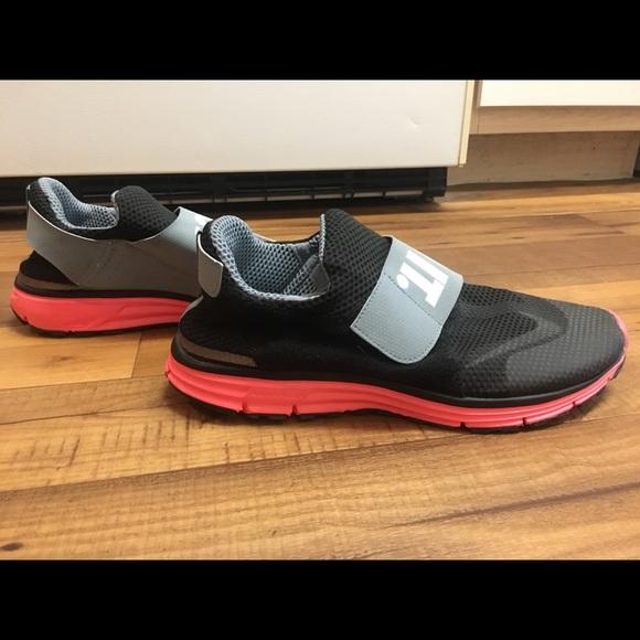 113dfa0b3b7 Nike Lunarfly 306 – Black Magnet Grey Hyper Punch.  M 5a870c1805f430b2ea45d604